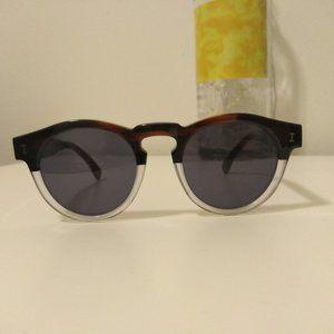 Illesteva Sunglasses 48 22-145